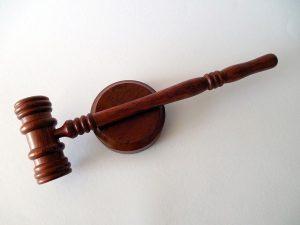 הבדלים בין עורך דין מקרקעין לעורכי דין בתחומים אחרים